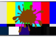 Cách vệ sinh màn hình tivi của 5 thương hiệu phổ biến