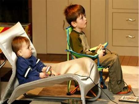 Giúp trẻ hạn chế xem Tivi cùng chơi game-1