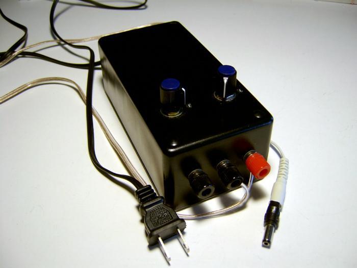 Dùng bộ điều chỉnh điện áp để giữ nguồn điện tivi luôn ổn định