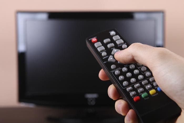 Không bật hay tắt tivi thường xuyên sẽ nhanh làm hỏng đèn màn hình